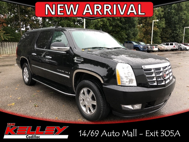 Pre Owned 2007 Cadillac Escalade Esv Base 4d Sport Utility In Fort