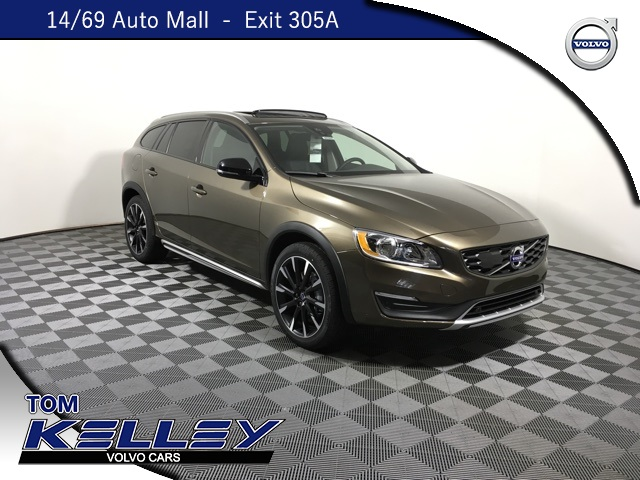 New 2018 Volvo V60 Cross Country T5